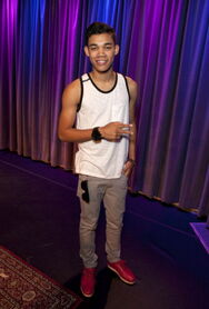 Roshon-at-the-Grammy-Museum