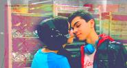 Deuce and dina almost kiss1