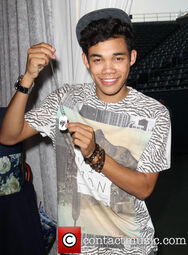 Roshon-fegan-necklace