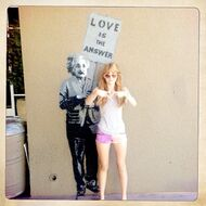 Bella-thorne-LOVE-Is-The-Answer