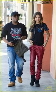 Zendaya-coleman-out-withdaddy