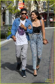 Roshon-fegan-girlfrfiend-camia-marie-chaidez-the-grove-05