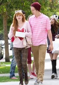 Bella-thorne-with-boyfriend (4)