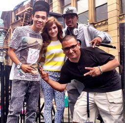 Roshon-fegan-with-crew