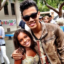Roshon-fegan-brown-jacket-with-fan