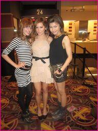Bella-Thorne-Ashley-Tisdale-Zendaya-Coleman
