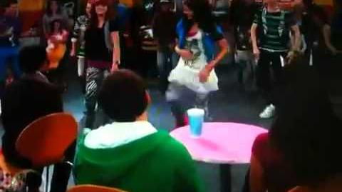 Shake it up turn it on (instrumental) dance Auction it up