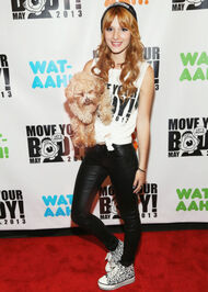 Bella-thorne-MoveYourBody2013