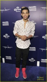 Nick-jonas-roshon-fegan-camp-rock-vmas-after-party-2014-02