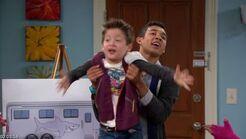 Shake.It.Up.S01E02.HDTV.XviD-ASAP screenshot