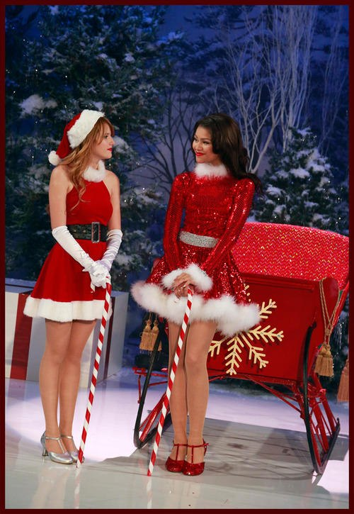 Merry Merry It Up | Shake It Up Wiki | FANDOM powered by Wikia