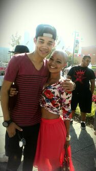 Roshon-fegan-with-brave-fan