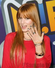 Bella Thorne 079