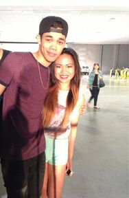 Roshon-fegan--with-fan(2)