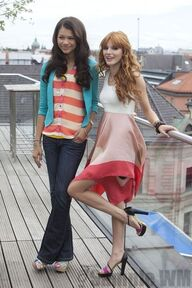 93199 Preppie Bella Thorne and Zendaya Coleman posing for a photo shoot on a hotel in Munich 15 122 137lo