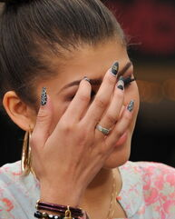 Zendaya-coleman-is-she-crying