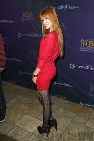 Bella Thorne 056