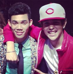 Roshon-fegan-with-austin-mahone
