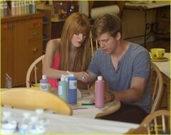 Bella-thorne-with-tristan-in-pink-dress(3)