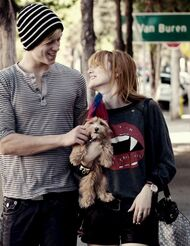 Bella-thorne-with-boyfriend-and-kingston