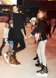 ZellaOldPic-skating-with-kids