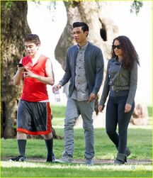 Bella-thorne-mostly-ghostly-set-ryan-ochoa-05