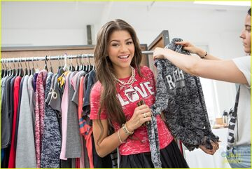 Zendaya-coleman-wardrobe-wearing-red-top