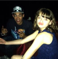 Roshon-fegan-with-fan-picture