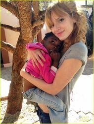 Bella-thorne-in-africa-(8)