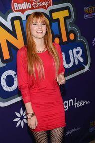 Bella Thorne 073