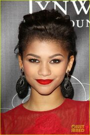 Alicia-keys-zendaya-keep-child-alive-black-ball-2013-04