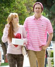 Bella-thorne-with-boyfriend
