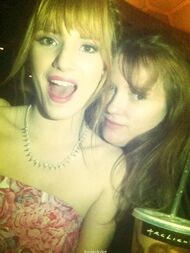 Bella-thorne-with-a-sister-idk