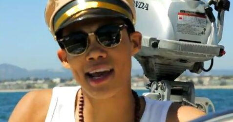 Roshon-fegan-I-Dooz-This-Video-Shot(4)