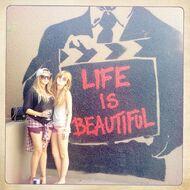 Bella-thorne-life-is-beautiful-wall