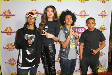 Zendaya-coleman-mindless-behaviour