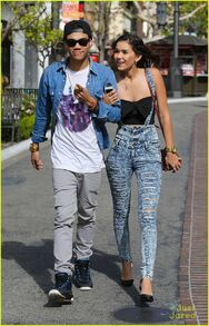 Roshon-fegan-girlfrfiend-camia-marie-chaidez-the-grove-07