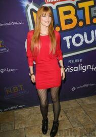 Bella Thorne 085