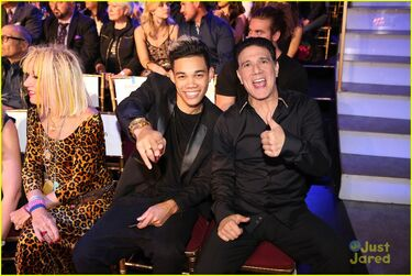 Roshon-fegan-chelsie-hightower-celebs-dwts-10th-celebration-pics-16