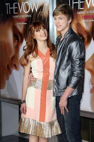 Bella-thorne-Bristan-at-the-TheVow-premiere