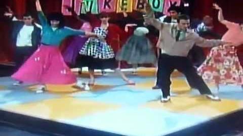 Shake it Up Sixteen Girls