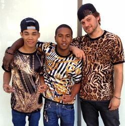 Roshon-fegan-with-leopard-print-boys