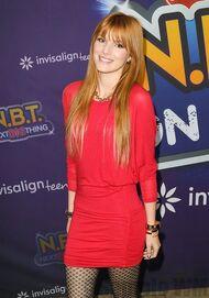 Bella Thorne 084