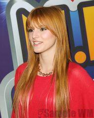 Bella Thorne 092