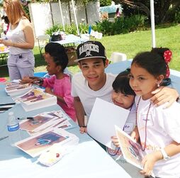 Roshon-fegan-signing-with-SkaiJackson-and-KaranBrar