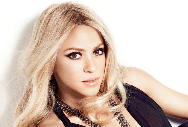 File:Shakira-20152.jpg