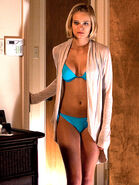 Sara-paxton-bikini-shark-night-3d-innkeepers