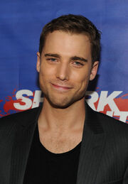 Dustin Milligan Shark Night Screening QwYKMAKHFEOl