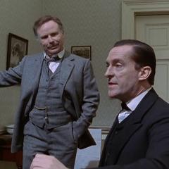 Edward Hardwicke pasó a interpretar a Watson