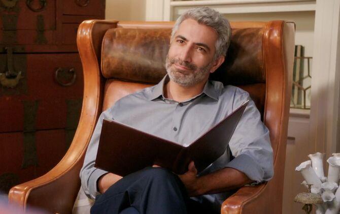 Dr. Davit Akopian